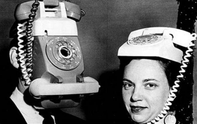 problema-con-el-movil-smartphone-icono-de-auriculares-siempre-conectados-sin-estarlo